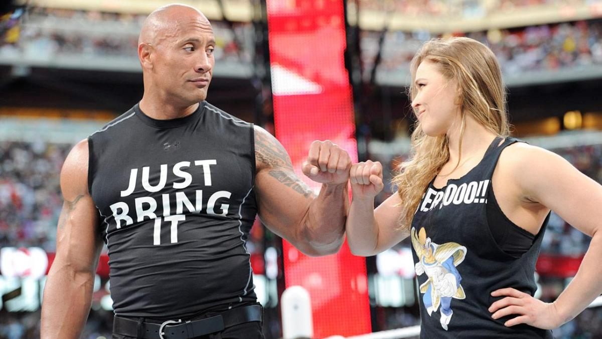IT'S OVER 9000! UFC CHAMP RONDA ROUSEY SHOWS UP AT WRESTLEMANIA!